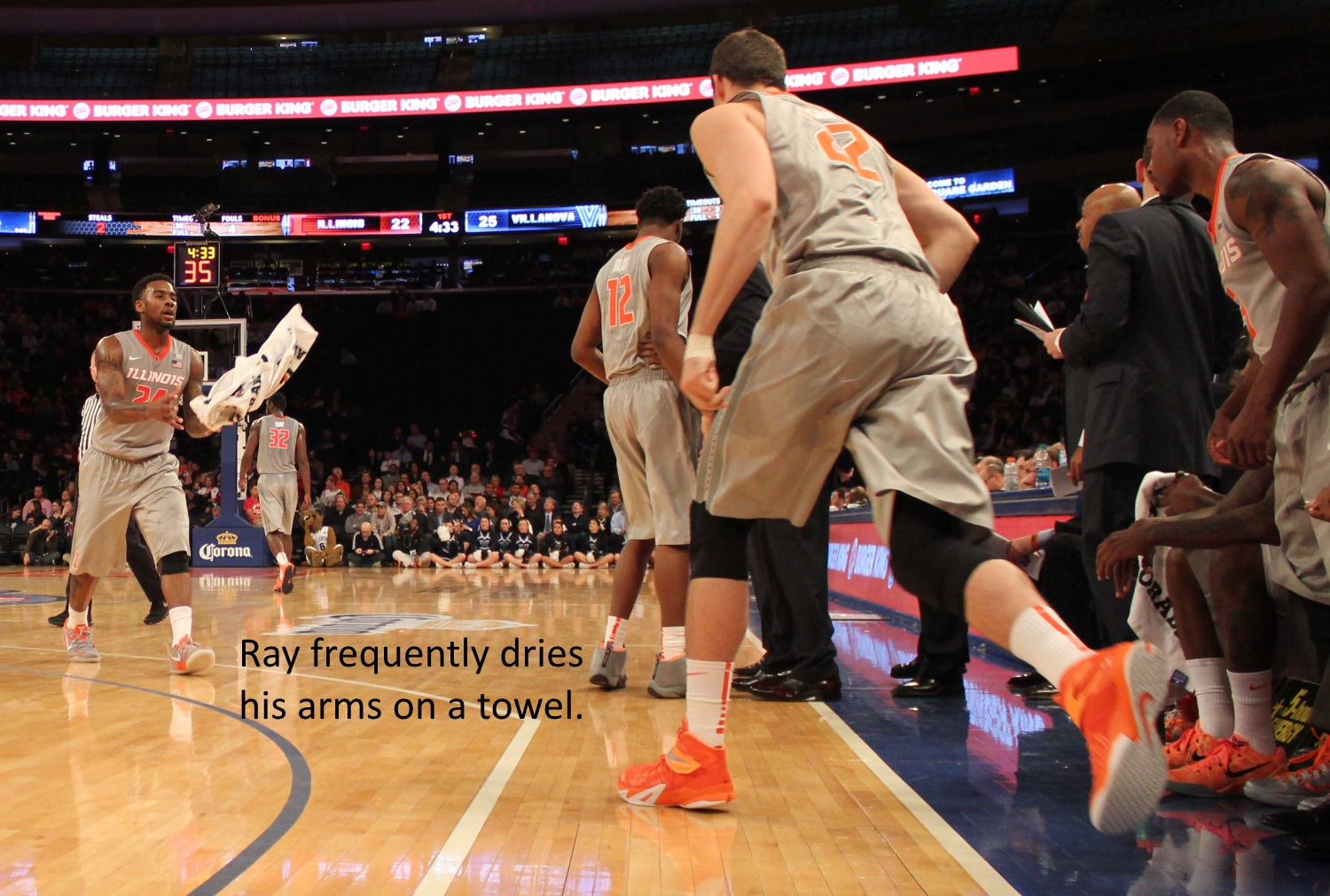 Rayvonte Rice dries his arms on a towel