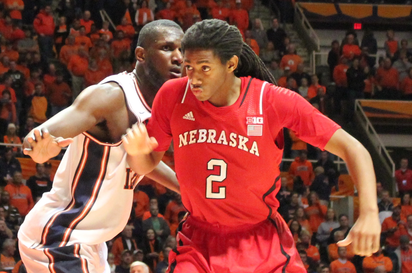 Nnanna Egwu guards Cornhusker David Rivers