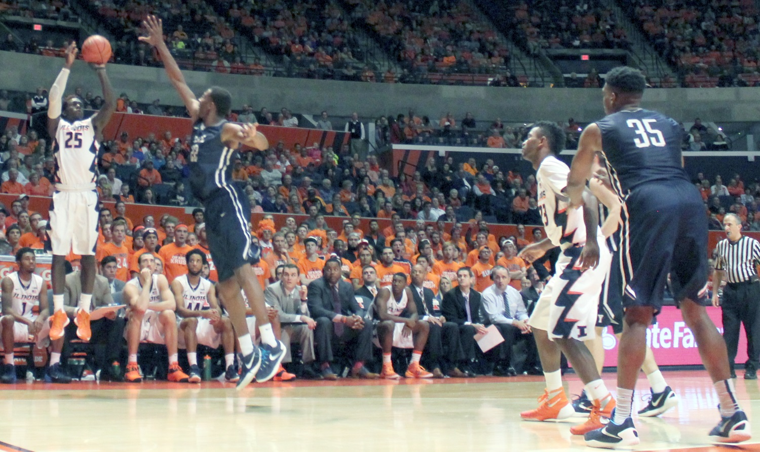 Kendrick Nunn connects for three points versus Yale on Wednesday at the State Farm Center